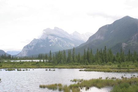 vermilion_lakes.jpg