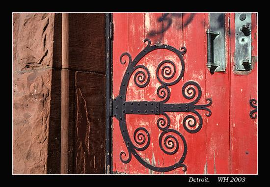 churchdoor0.jpg