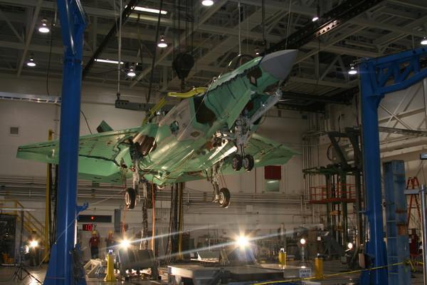 aircraft_carrier07.jpg