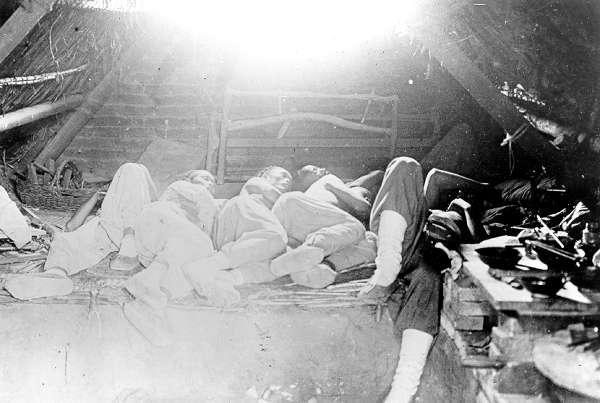 cpr_chinese_men_sleeping.jpg